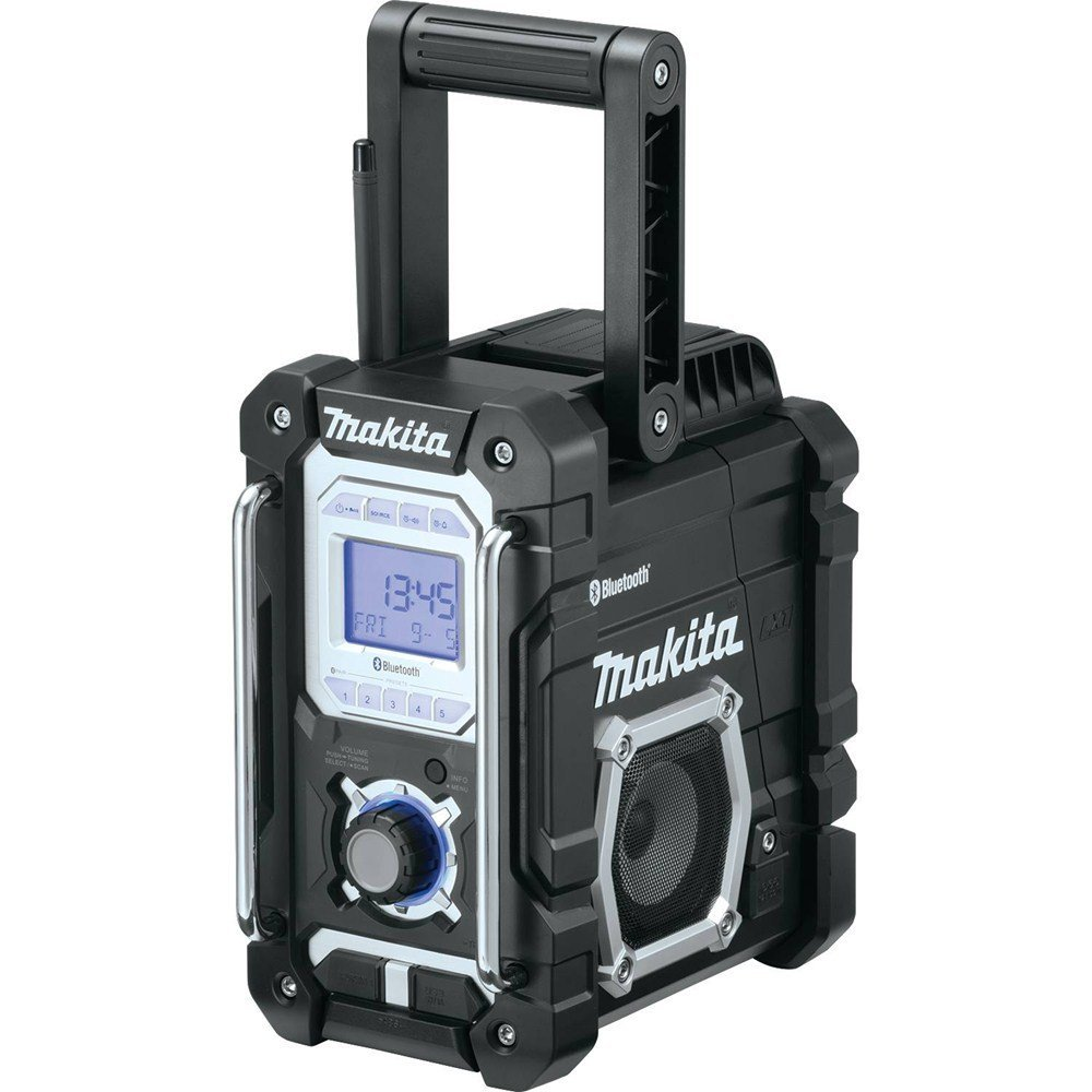 Makita XRM04B Jobsite Radio Review